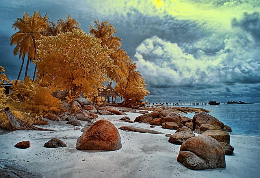 berhala island by Oji Blackwhite - Landscapes Travel