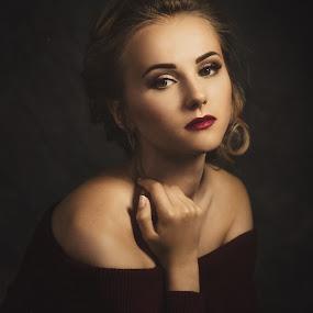 Elvira by Dmitry Baev - People Portraits of Women ( studio, girl, woman, beautiful, portrait )
