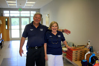 Photo: Randy & Libby brought pizza and drinks.
