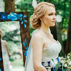 Wedding photographer Alina Gevondova (plastinka). Photo of 19.02.2017