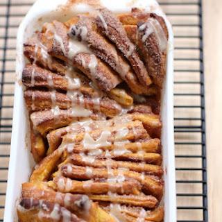 Pumpkin Spice Pull-Apart Bread with Butter Rum Glaze