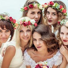 Wedding photographer Alesya Popova (intropics). Photo of 27.01.2016