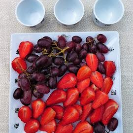 Some fruits for the tea by Svetlana Saenkova - Food & Drink Fruits & Vegetables ( tea time, fruits, strawberries, grape, tea cup,  )