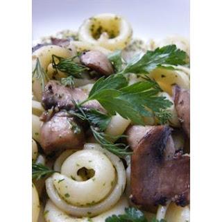 Herbful Mushroom Pasta Salad