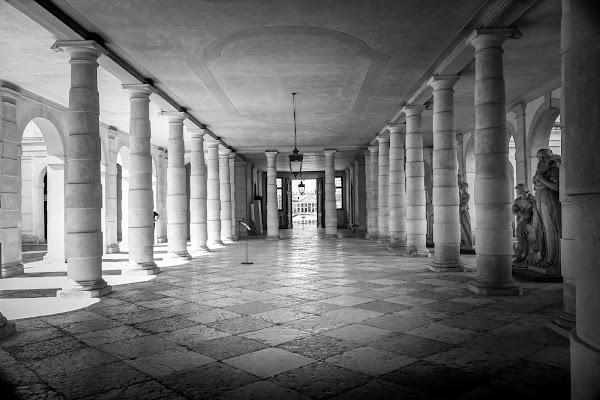 Villa PIsani - Colonnato di sandro5845