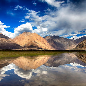 Nature's Mirror by Jasminder Oberoi - Landscapes Waterscapes ( canon, hills, workshop, waterscape, incredible india, ladakh, hundar, landscape, light chasers, leh, photography expedition to ladakh, nature, photo tour, nubra valley, serene, canon 5d mark iii, landscape photography, india, bliss, masterclass, jas fotography )