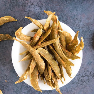 Spicy Homemade Snap Pea Crisps.
