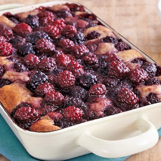 Blackberry Sangria Cobbler