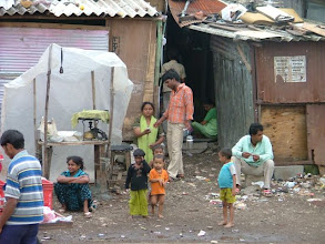Photo: slumsy w bombaju