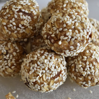 Maple Tahini Snack Balls Recipe