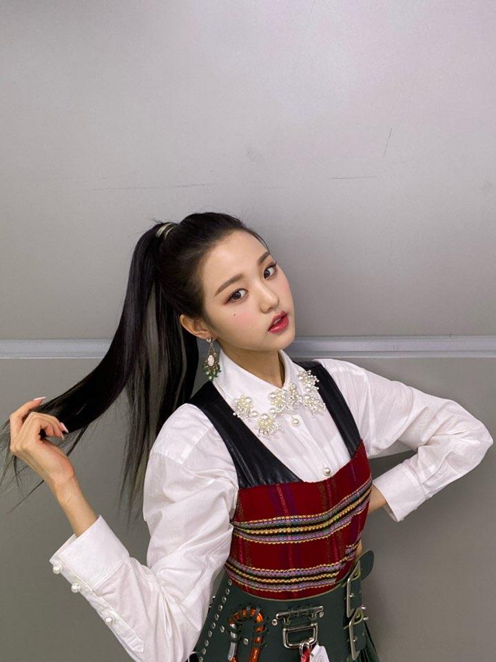 wonyoung hair 35