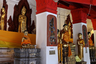 Photo: in the gallery that surrounds the temple's main chedi (stupa) in which Buddha relics are enshrined