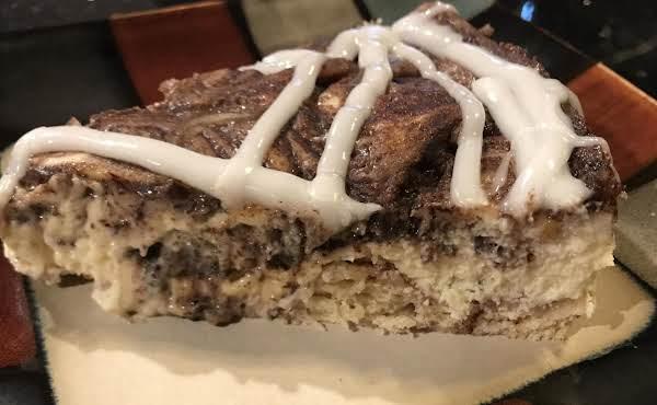 Cinnamon Bun Cheesecake Recipe