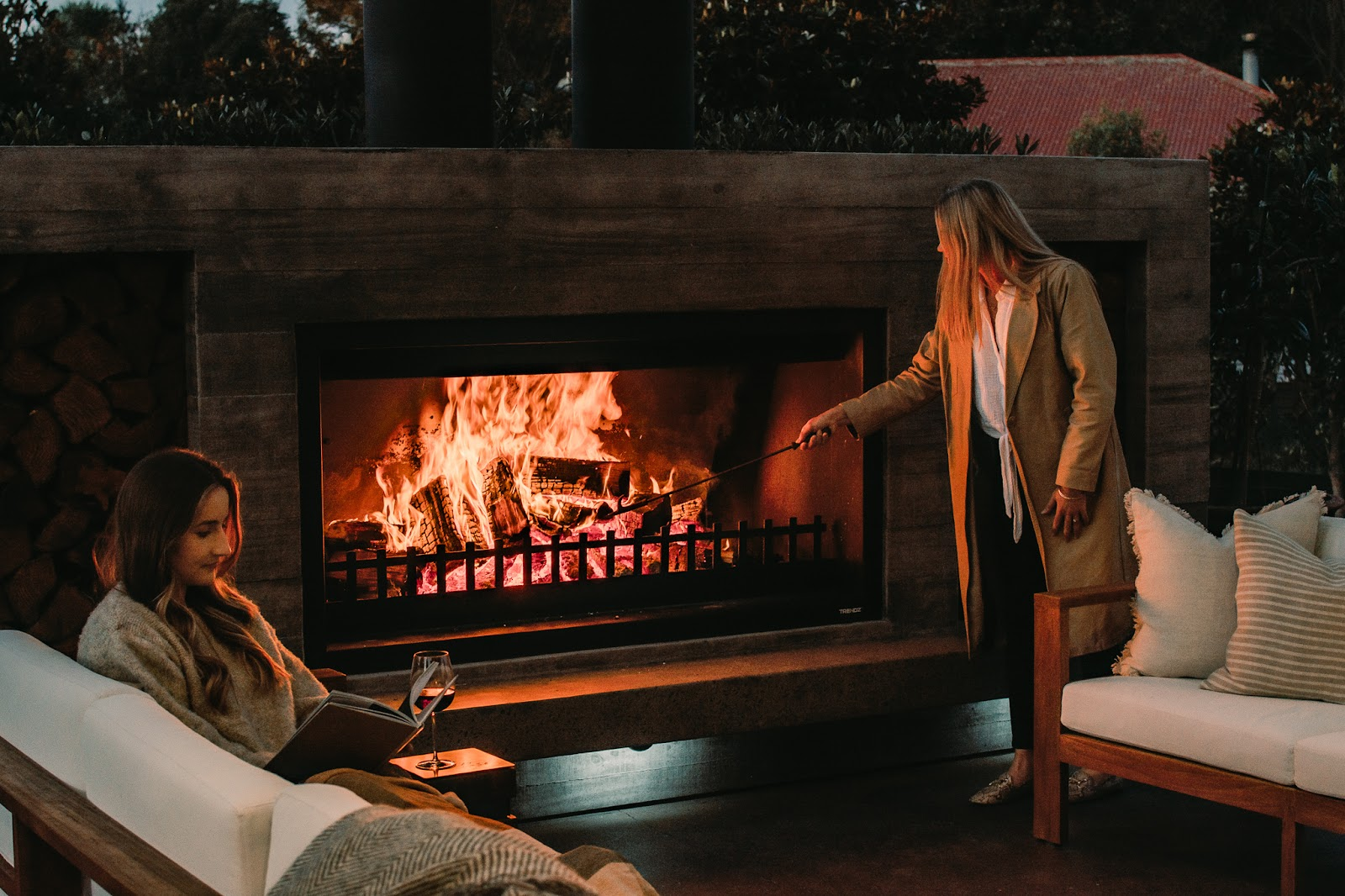 Twin Peak large outdoor fireplace by Trendz