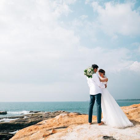 Wedding photographer Evgenii Katsinis (Joice). Photo of 19.01.2018