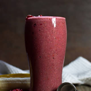 Banana Berry Fresh Smoothie From 40 Days of Green Smoothies Book.