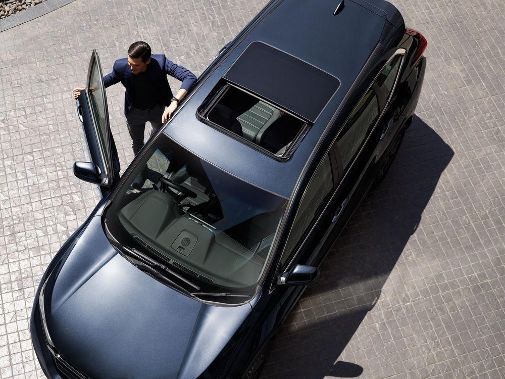 ดีไซน์ภายนอกรถยนต์ : Honda CR-V 2021
