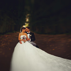 Wedding photographer Santis Zibergs (bilzukaste). Photo of 11.02.2013