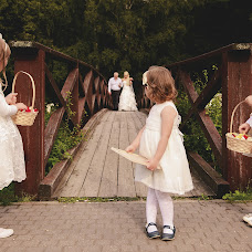 Wedding photographer Ekaterina Petrovskaya (LaLuna). Photo of 27.01.2016