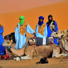 Sahara by Tomasz Budziak - People Professional People ( africa, morocco, people )