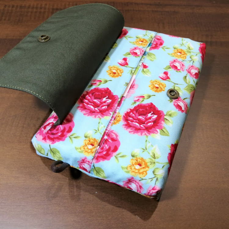 TISSUE POUCH with COVER 004 by Migoe Handmade