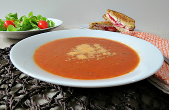 Photo: Tomato Soup - A creamy and light traditional tomato soup  http://www.peanutbutterandpeppers.com/2012/12/26/tomato-soup/  #tomatosoup   #lowcalorierecipes   #tomato   #vegan   #vegetarian   #soup