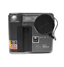 Photo: Sony Mavica 7 recorded to floppy discs, 640x480 images. I was impressed.