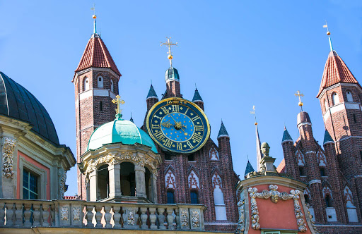 Old-Gdansk-historic-clock.jpg - A historic clock in Old Gdansk, Poland.
