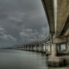 Penang Bridge by Zul Murky - Buildings & Architecture Bridges & Suspended Structures ( penang bridge, architecture, bridge, hdr photo )