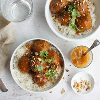Meatballs in Curried Sauce.