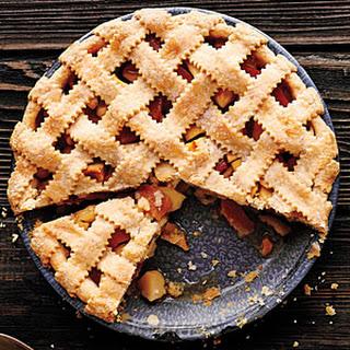Lattice-Top Apple Quince Pie