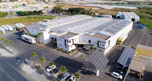 Instalaciones de Escobi ubicadas en El Ejido, con una apuesta de solución energética 100% renovable.