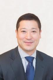 市川市ソフトテニス連盟会長の松永鉄兵です。市川市議会議員を務めています。