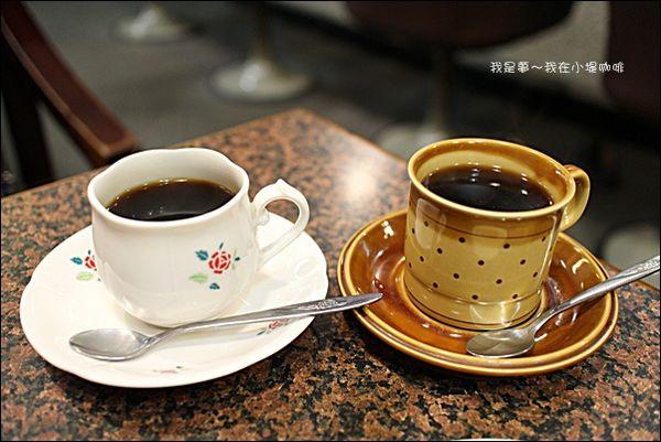 小堤咖啡~走入舊時光的咖啡廳/點咖啡送早餐/外國觀光客也慕名前來