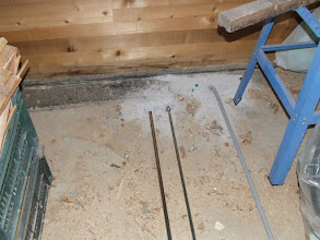Photo: topla voda skozi prvo ploščo v klet - bojler