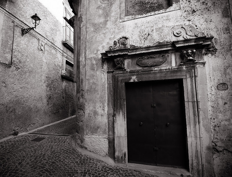 iron door... di Massimiliano zompi