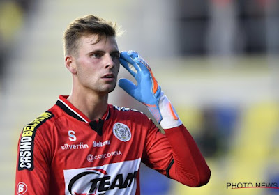 """Le gardien de Lokeren Ortwin De Wolf sur ses entraînements avec les Diables Rouges : """"Pour lui, c'était comique"""""""