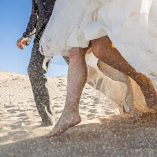 Wedding photographer Rafa Martell (fotoalpunto). Photo of 08.03.2018