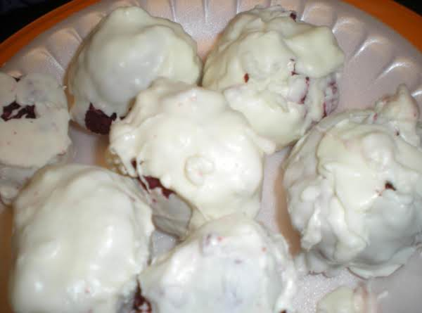 Red Velvet Cake Pops Recipe