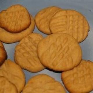 Elaine's Peanut Butter Cookies.