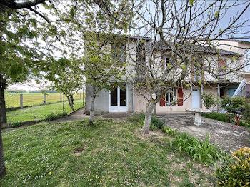 maison à Saint-Caprais (18)