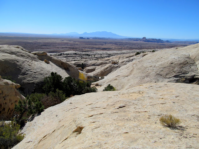 Hiking up the San Rafael Reef