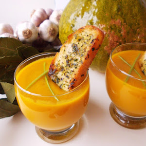 Creamy Pumpkin Curry Soup and Parsley Croutons