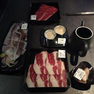 肉多多火鍋(大墩店)