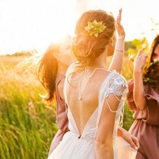 Fotografo di matrimoni Marta Kounen (Marta-mywed). Foto del 24.08.2016