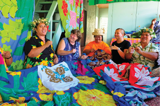 Cook-Islands-Tivaevae-sewing-women.jpg - Get a glimpse of native culture in the Cook Islands.