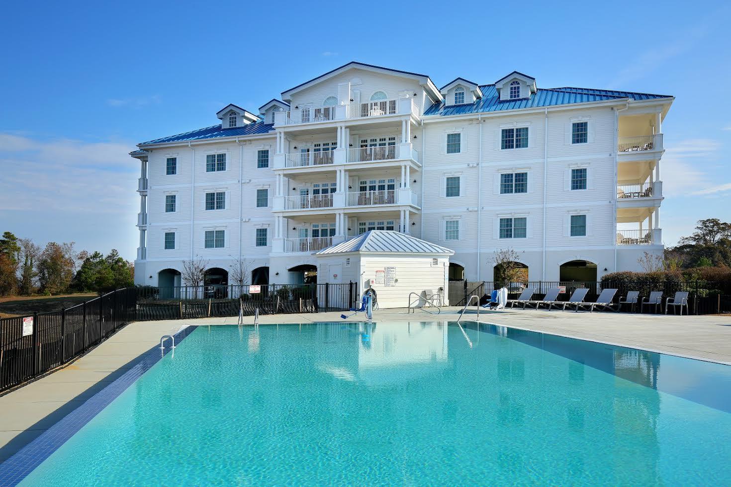 Waterside Resort Picture Number 2