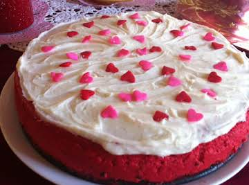 Creamy Red Velvet Cheesecake