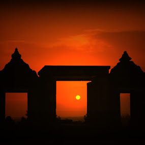 Sunset on The Temple of Boko Queen by Norbertus Andreanto Photos - Landscapes Travel ( temple queen )