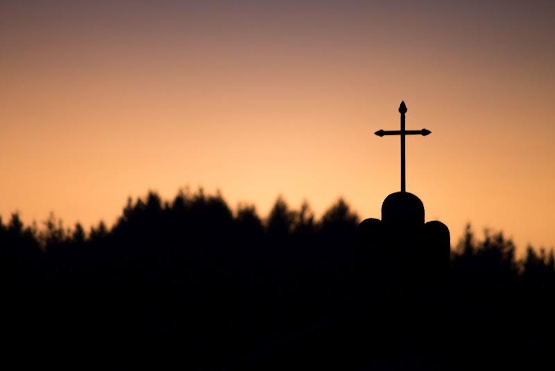 Croce al tramonto di frenky